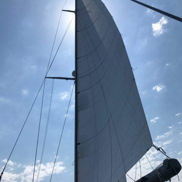 Yacht Keelboat sails